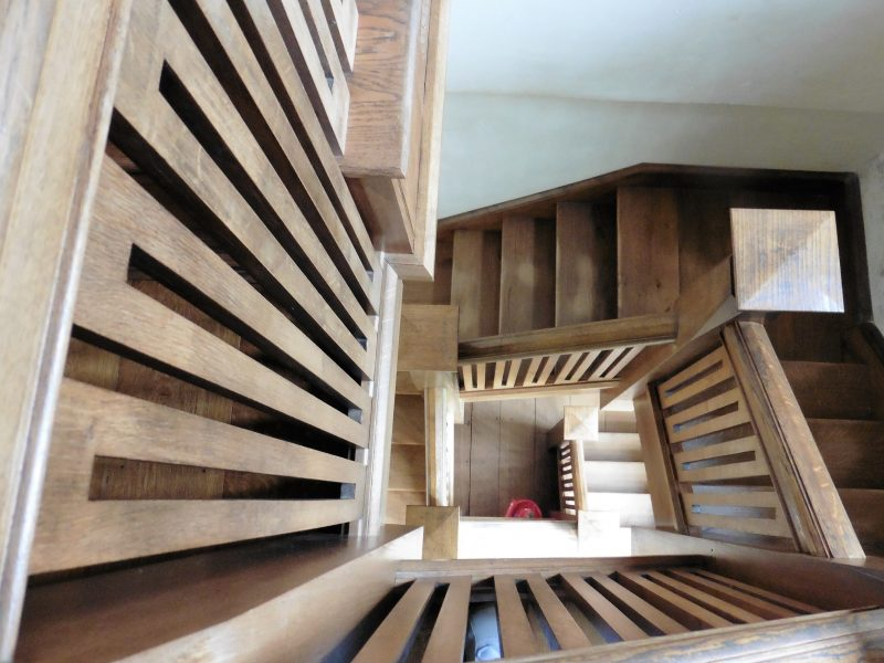 wooden_staircase